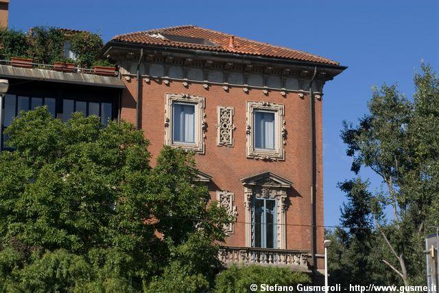 Milanofoto Archivio Immagini Di Milano 20060804 094646 Largo