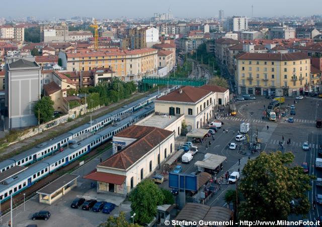 Milanofoto archivio immagini di milano 20110923 - Carabinieri porta genova milano ...
