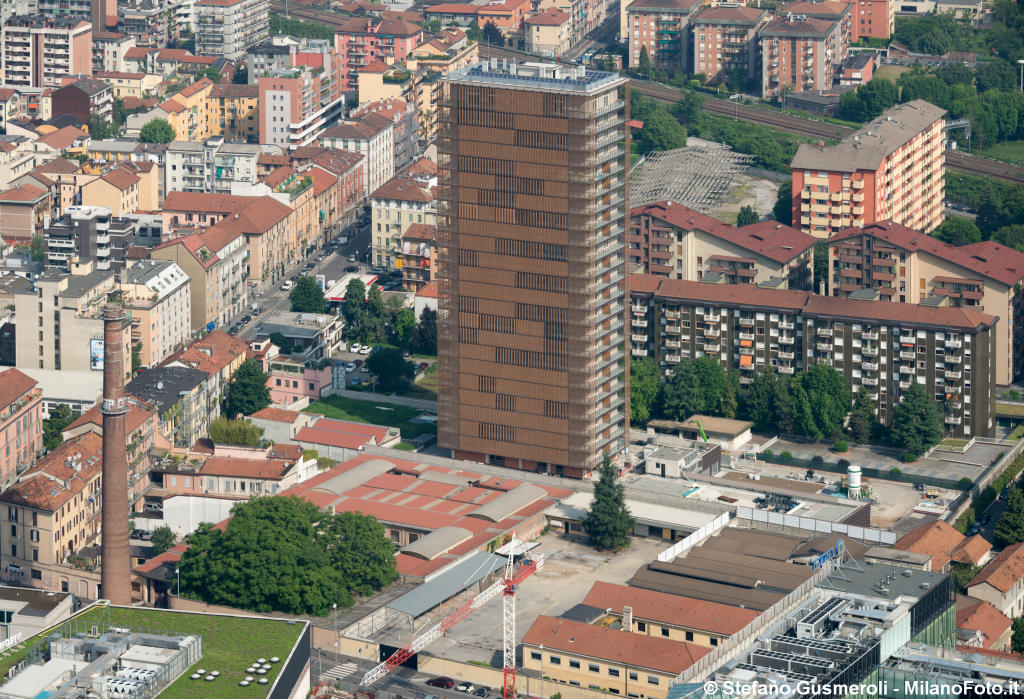Milano - Giax Tower - click to next image
