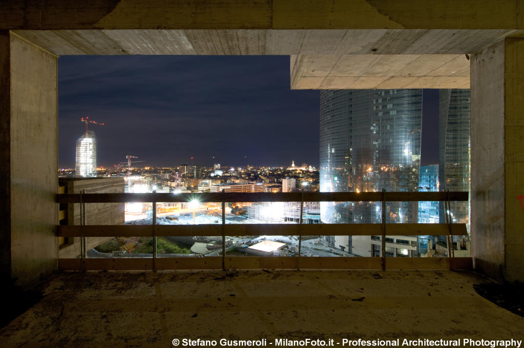 Panorama notturno dal cantiere - click to next image